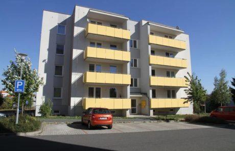 Klatovy Mánesova ulice - 12 bytových jednotek, 2008
